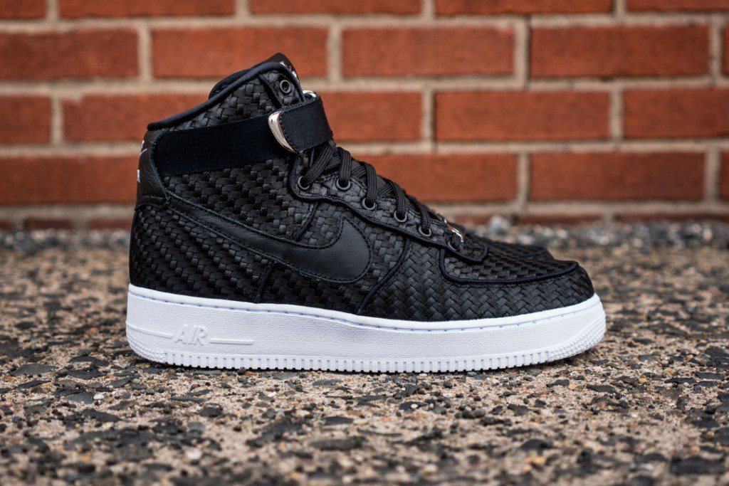 nike-air-force-1-high-lv8-woven-1
