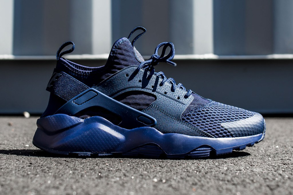 nike-air-huarache-run-ultra-br-midnight-navy-1