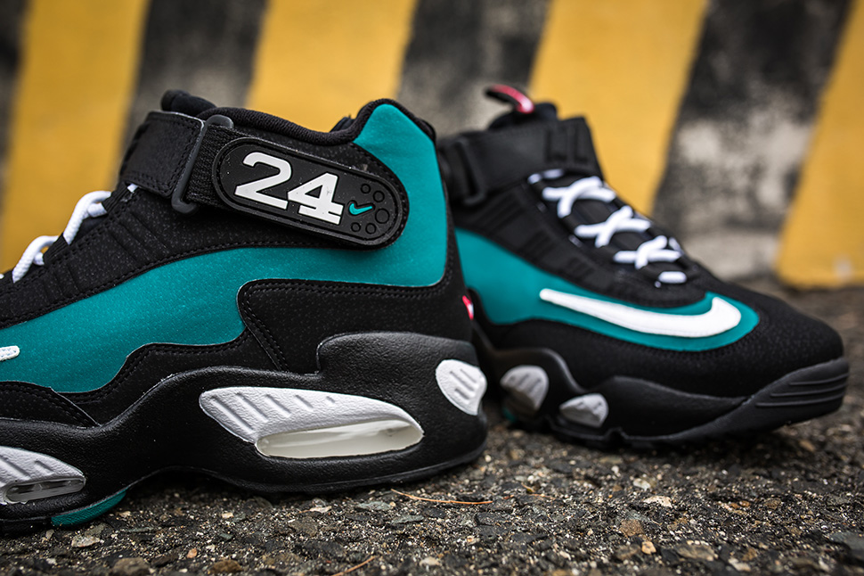 nike-air-max-griffey-fresh-water_02