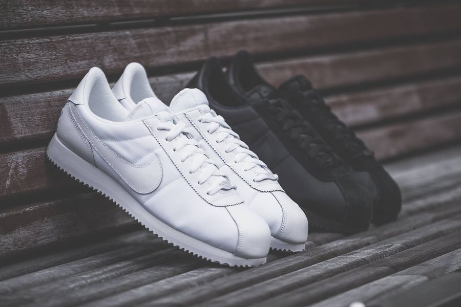 nike-cortez-black-white_02