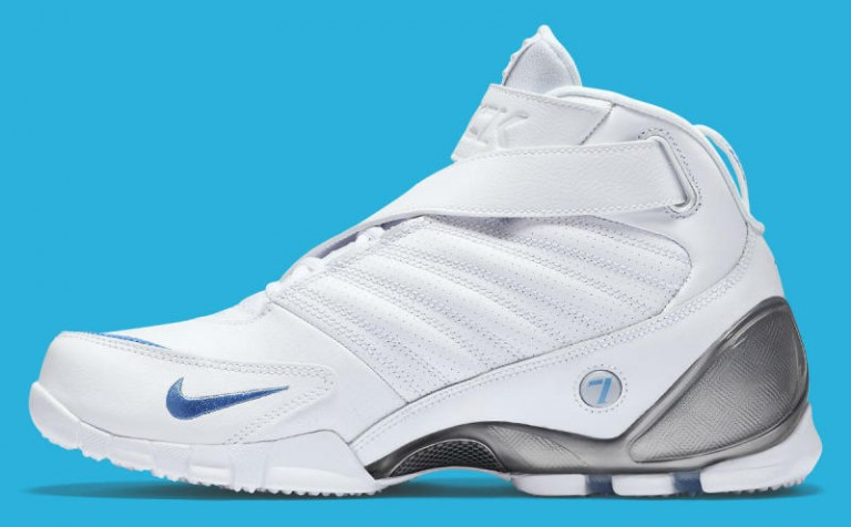 nike-zoom-vick-3-white-university-blue-7-768x476