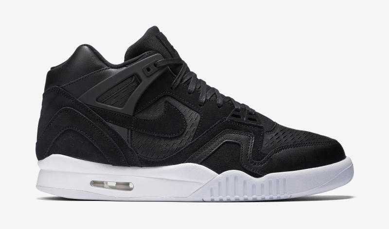 nikelab-air-tech-challenge-ii-laser-black-1_o5umk6