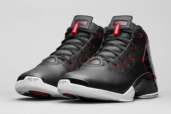 Air-Jordan-17-Retro-Bulls-Black-Red-681x454