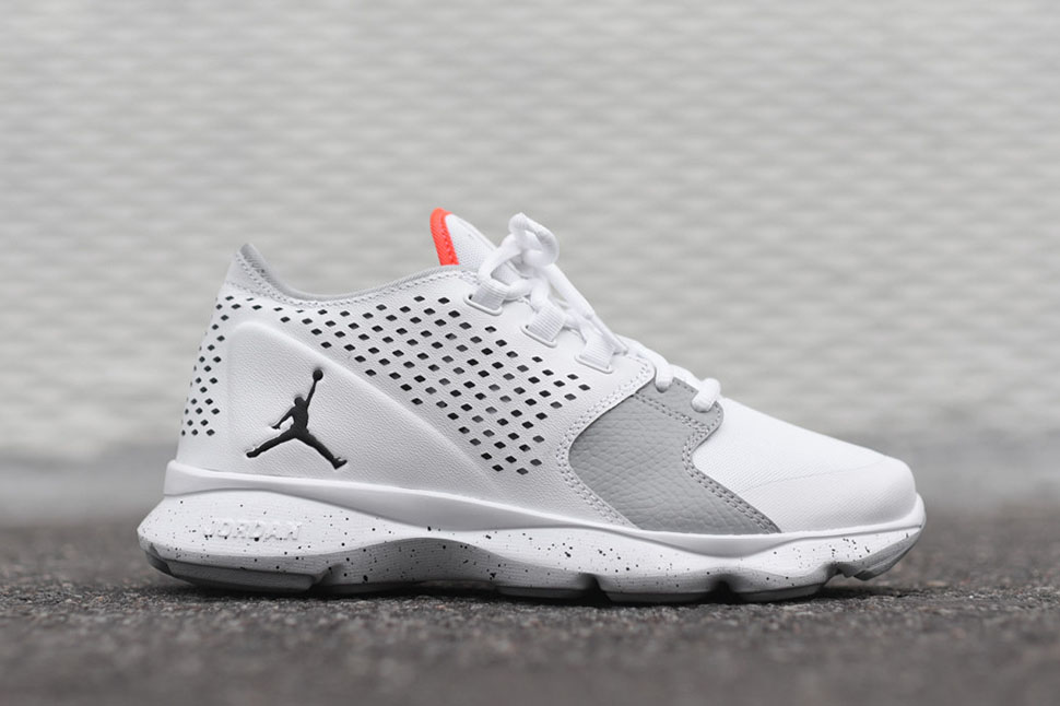 Air_Jordan_Flow_-_White_Grey_Infrared_2