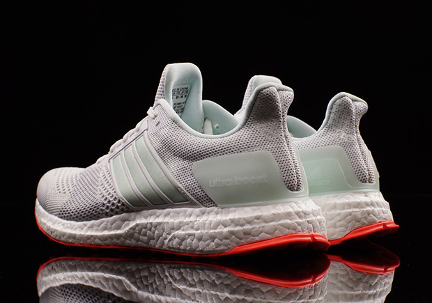 adidas-ultra-boost-st-yeezy-pure-platinum-03