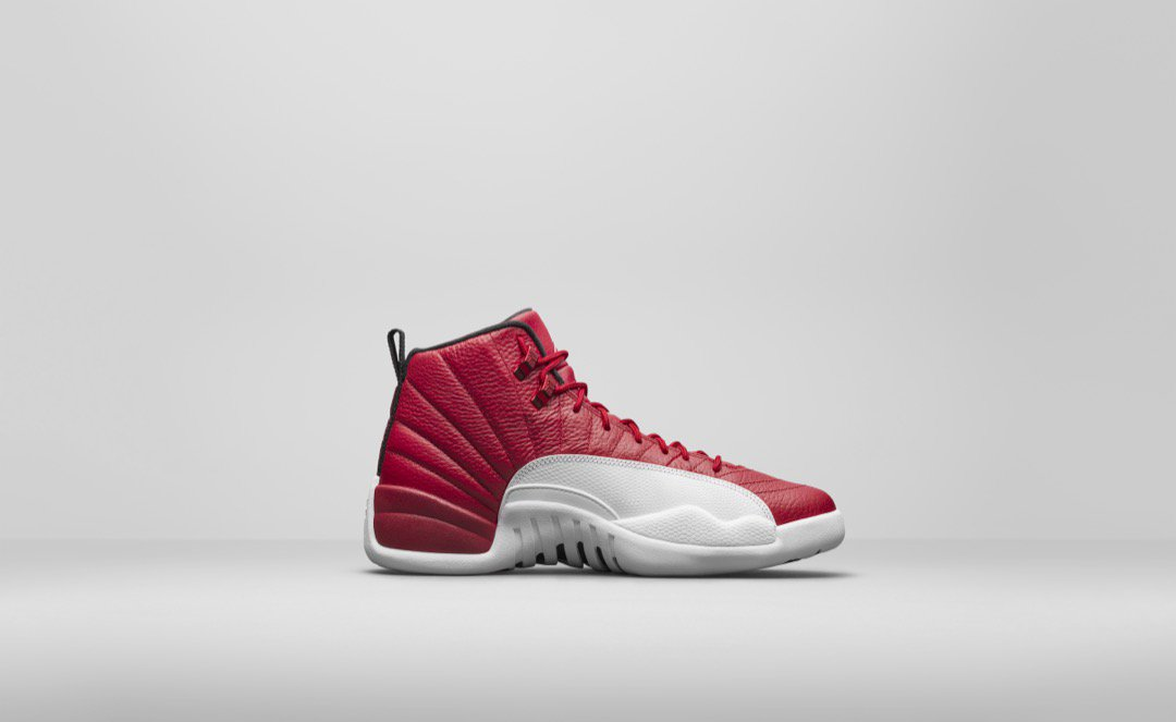 air-jordan-12-red-white_03