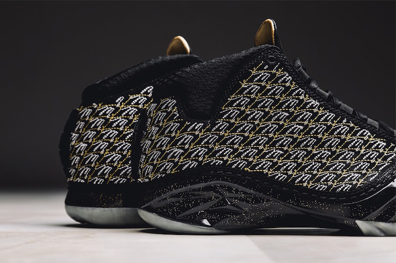 air-jordan-xx3-trophy-room-black-1
