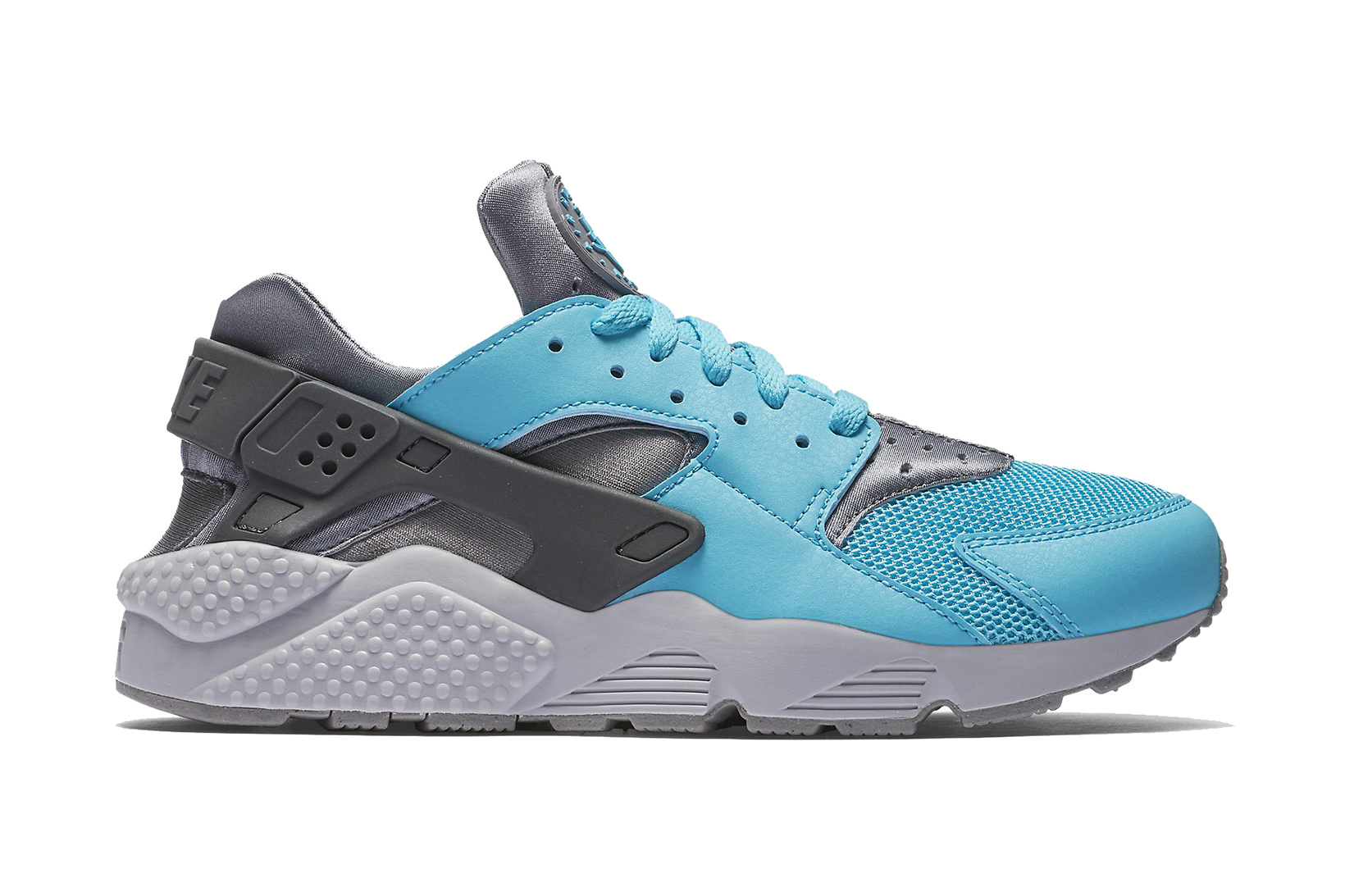 nike-air-huarache-beta-blue-1