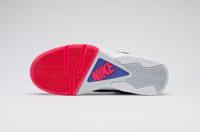nike-air-tech-challenge-iv-og_03