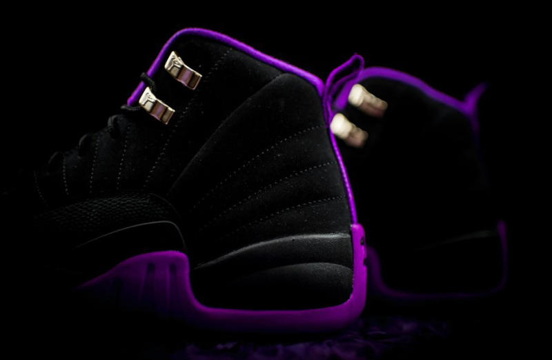 purple-black-jordan-12-07_o8vdeg
