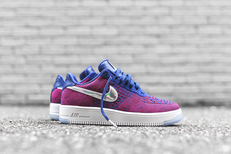 Air-Force-1-Flyknit-Ultra-Low-USA-Family-Edition-9