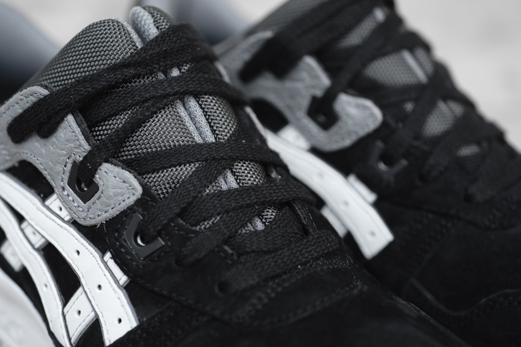 Asics-Gel-Lyte-III-Black-Soft-Grey-1