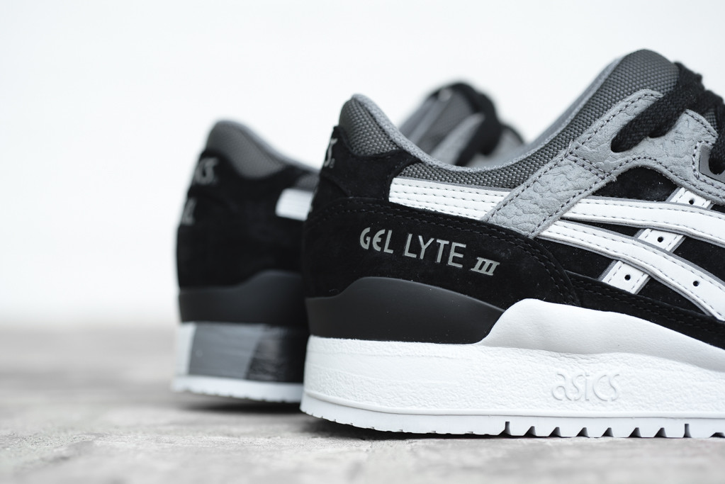Asics-Gel-Lyte-III-Black-Soft-Grey-4
