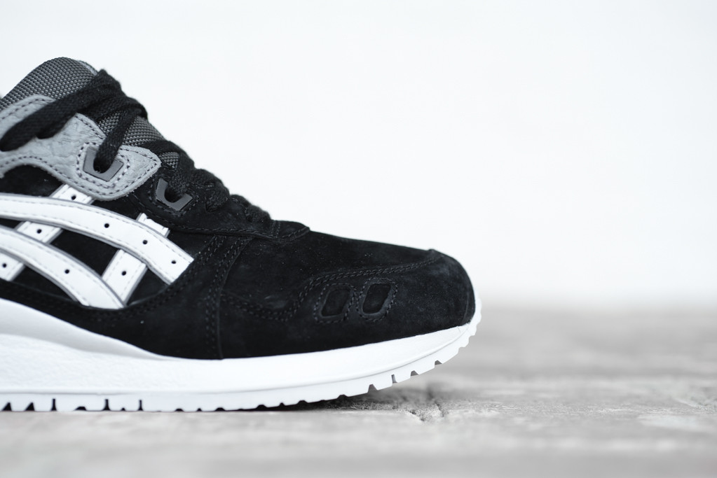 Asics-Gel-Lyte-III-Black-Soft-Grey-5
