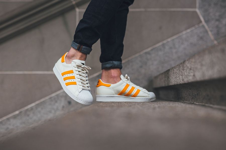 adidas-superstar-white-equipment-orange_02