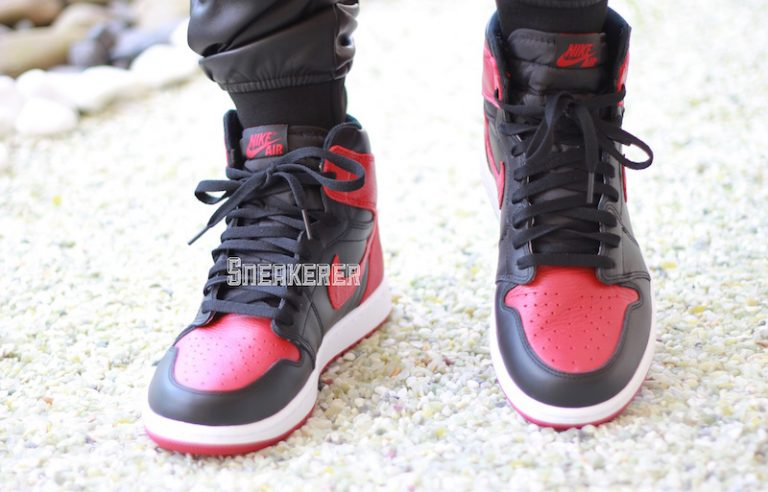 air-jordan-1-bred-banned-2016-on-feet-1-768x492