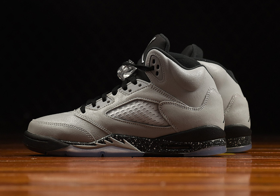 air-jordan-5-gs-wolf-grey-new-images-1