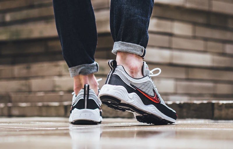 nike-spiridon-retro-on-feet-2