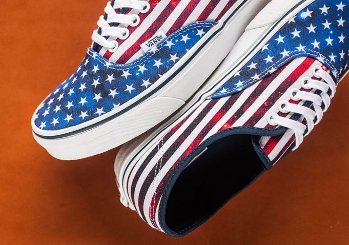 vans-authentic-americana-flag-stars-and-stripes-2-681x478