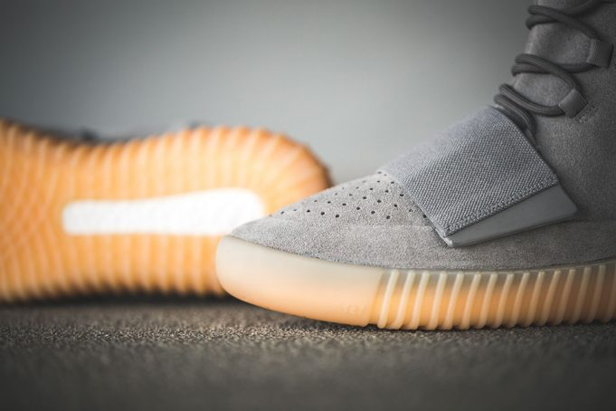 yeezy-boost-750-grey-on-feet-3-681x454