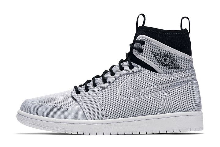 Air-Jordan-1-Retro-Ultra-High
