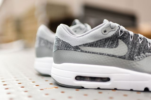 Nike-Air-Max-1-Ultra-Flyknit-Wolf-Grey-7