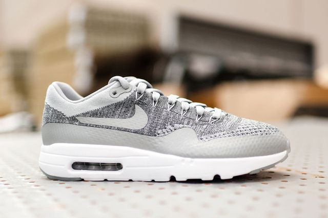 Nike-Air-Max-1-Ultra-Flyknit-Wolf-Grey