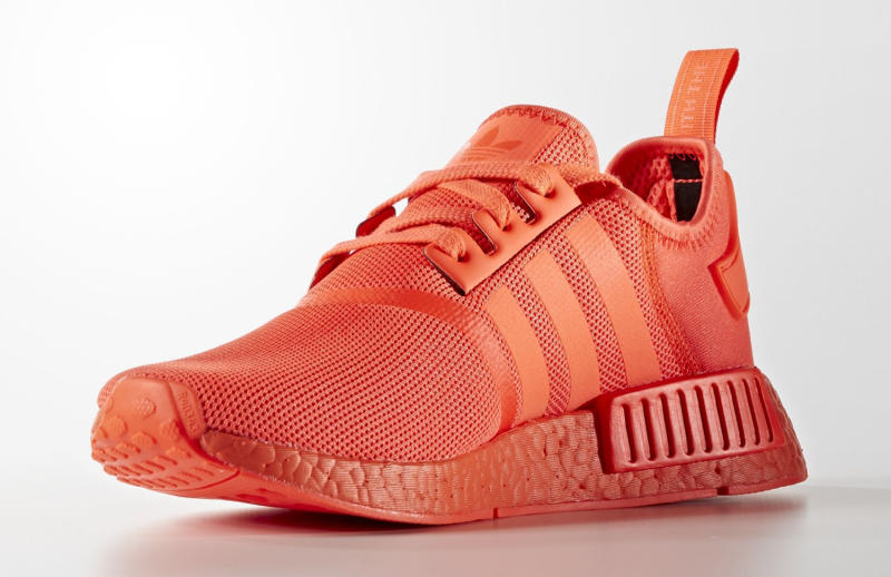 adidas-nmd-triple-red-06_ob1mav