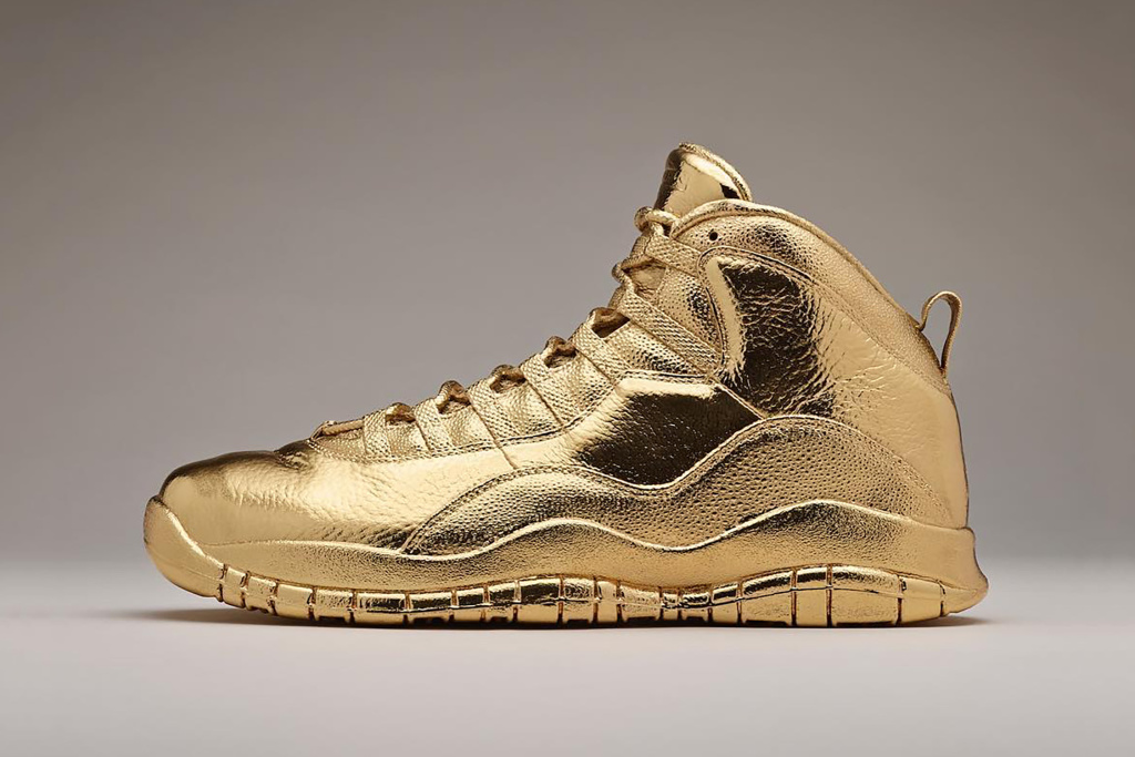 drake-gold-air-jordan-10-ovo-2