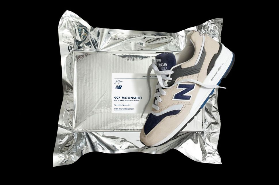 jcrew-newbalance-moonshot-1