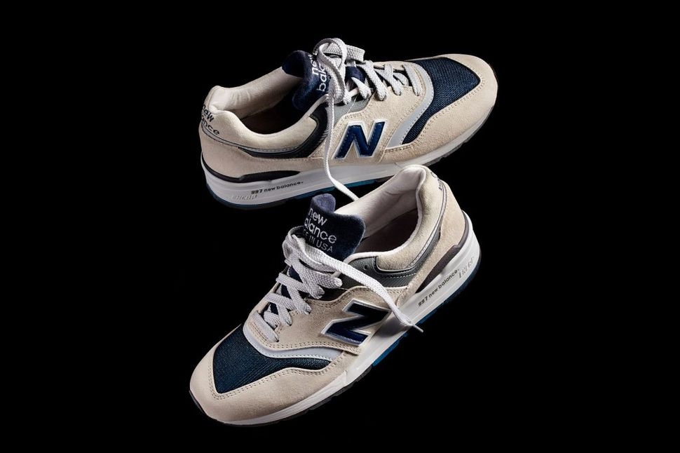 jcrew-newbalance-moonshot-2