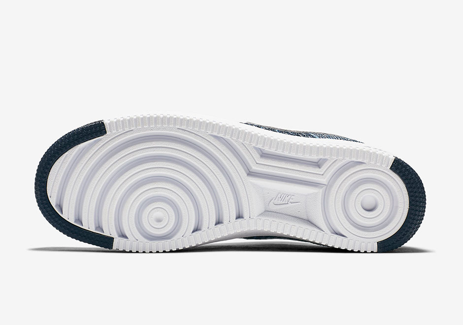 nike-air-force-1-flyknit-navy-817419-400-5