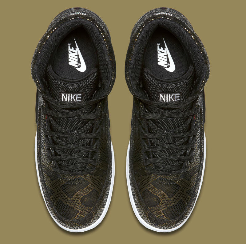 nike-air-python-black-gold-5_oadozn