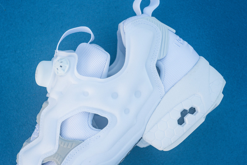 reebok-insta-pump-fury-white-steel-1