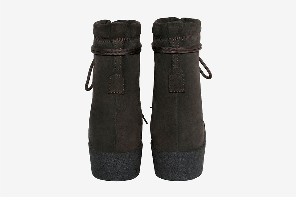 yeezy-season-2-crepe-boot-oil-3