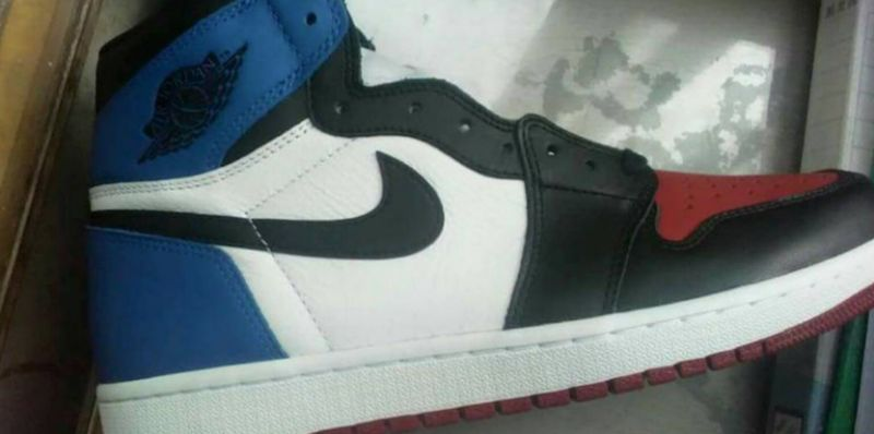 Air-Jordan-1-Top-3-Chicago-Banned-Royal-Release-Date-1-768x383