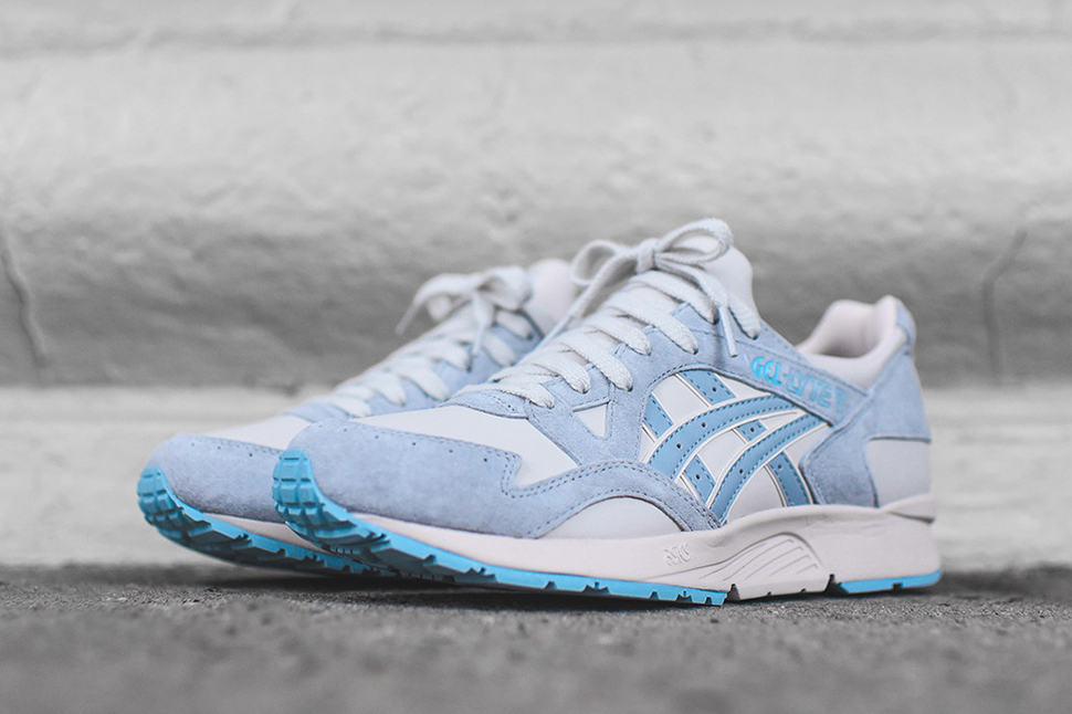 Asics-Gel-Lyte-V-Moonbeam-2