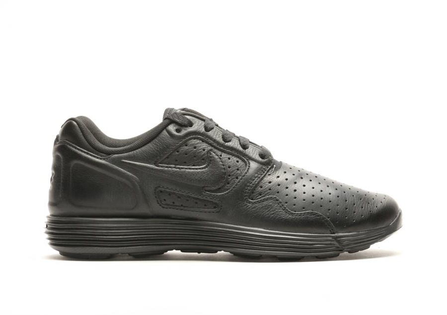 Lunar-Flow-Lsr-Premium-Triple-Black