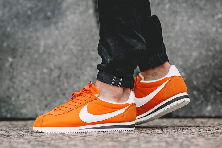 Nike-Classic-Cortez-Nylon-AW-Clay-Orange-2