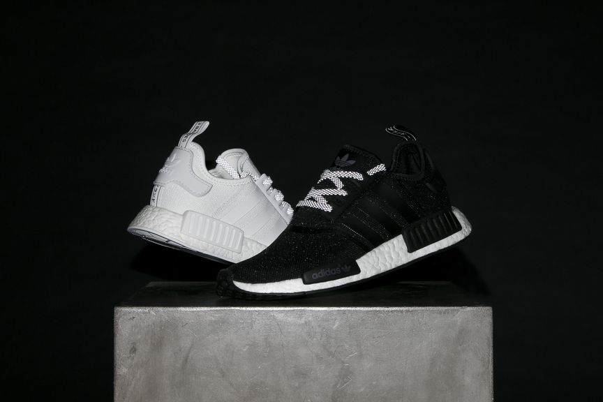 adidas-nmd-r1-reflective-black-white-4