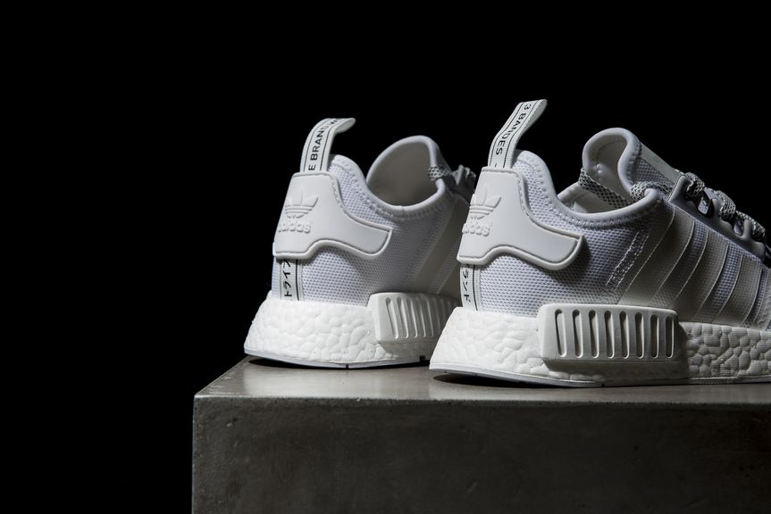 adidas-nmd-r1-reflective-black-white-5