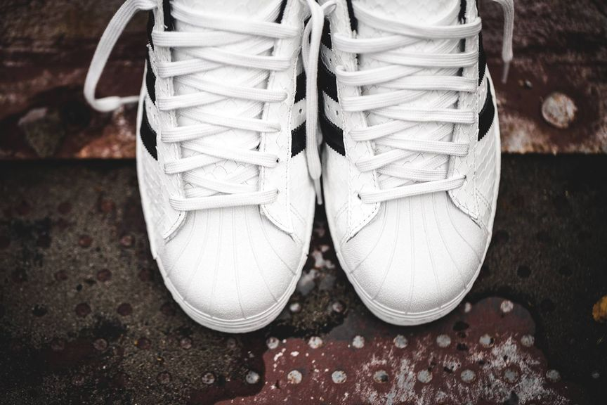 adidas-superstar-80's-scales