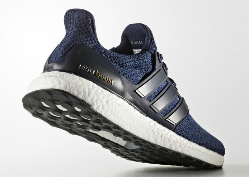 adidas-ultra-boost-collegiate-navy-12