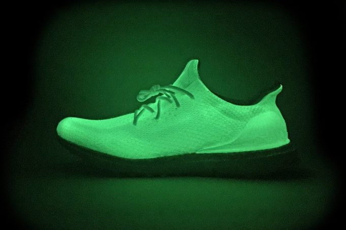 adidas-ultra-boost-uncaged-glow-in-the-dark-custom-4-681x454