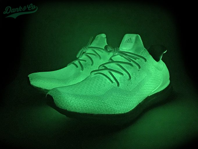 adidas-ultra-boost-uncaged-glow-in-the-dark-custom-6-681x511