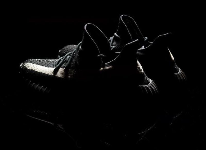 Adidas Yeezy 350 Boost V2 Black Red Release Date Sole