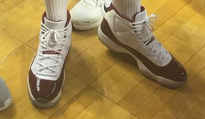 air-jordan-11-blake-griffin-sooners-1