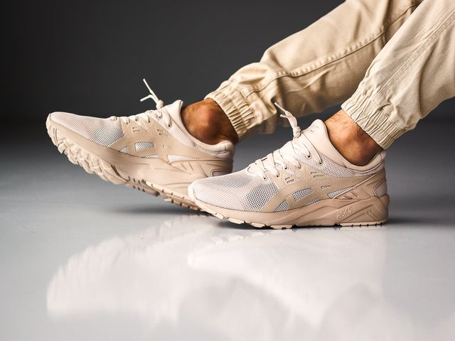 asics-gel-kayano-whisper-pink_03
