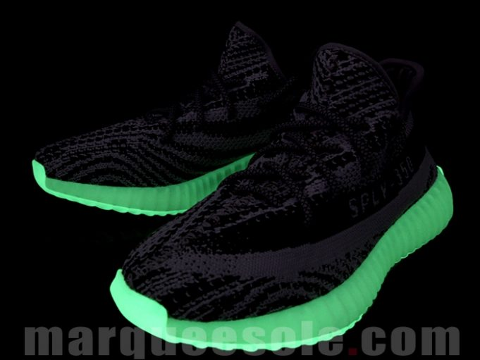 glow-in-the-dark-yeezy-350-boost-v2-4-681x511