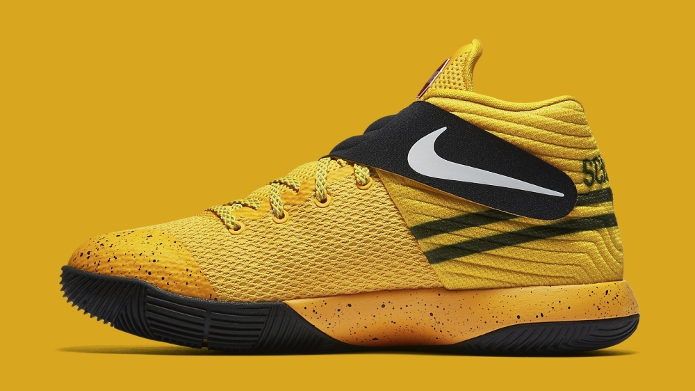 kyrie-irving-school-bus-nikes-06_xyxacj